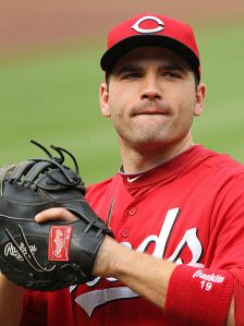448px-Joey_Votto_on_June_25,_2011_(1)
