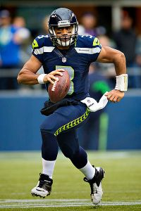 400px-Russell_Wilson_vs_Vikings,_November_4,_2012